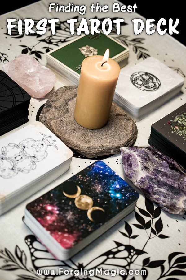 How to pick your first tarot deck for beginners